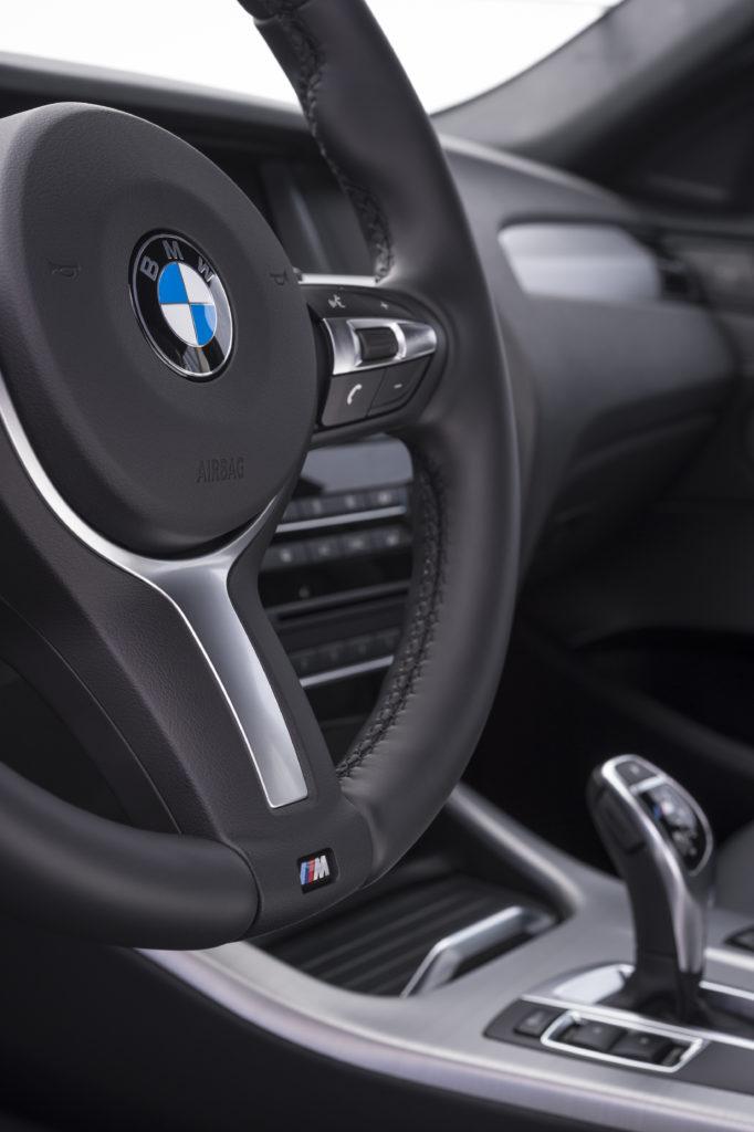 BMW-X4 руль