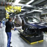 2012-bmw-3-series-production-15